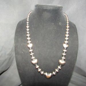 Jewelry - Vintage black and copper hearts beaded necklace